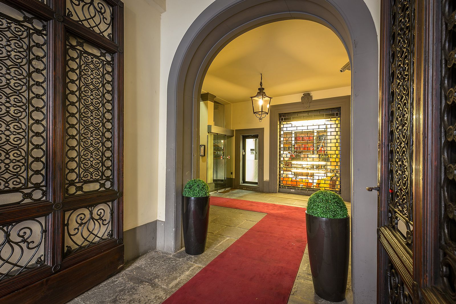 Florence Dome: Florence Dome Hotel • View Photos And Discover All The